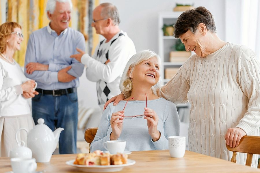 Living in an older adult community often means making new friends. This is important because it can be difficult for older adults to make friends when they don't have the social aspect of work or volunteer activities.