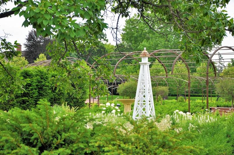 Cantigny set to reopen renovated gardens