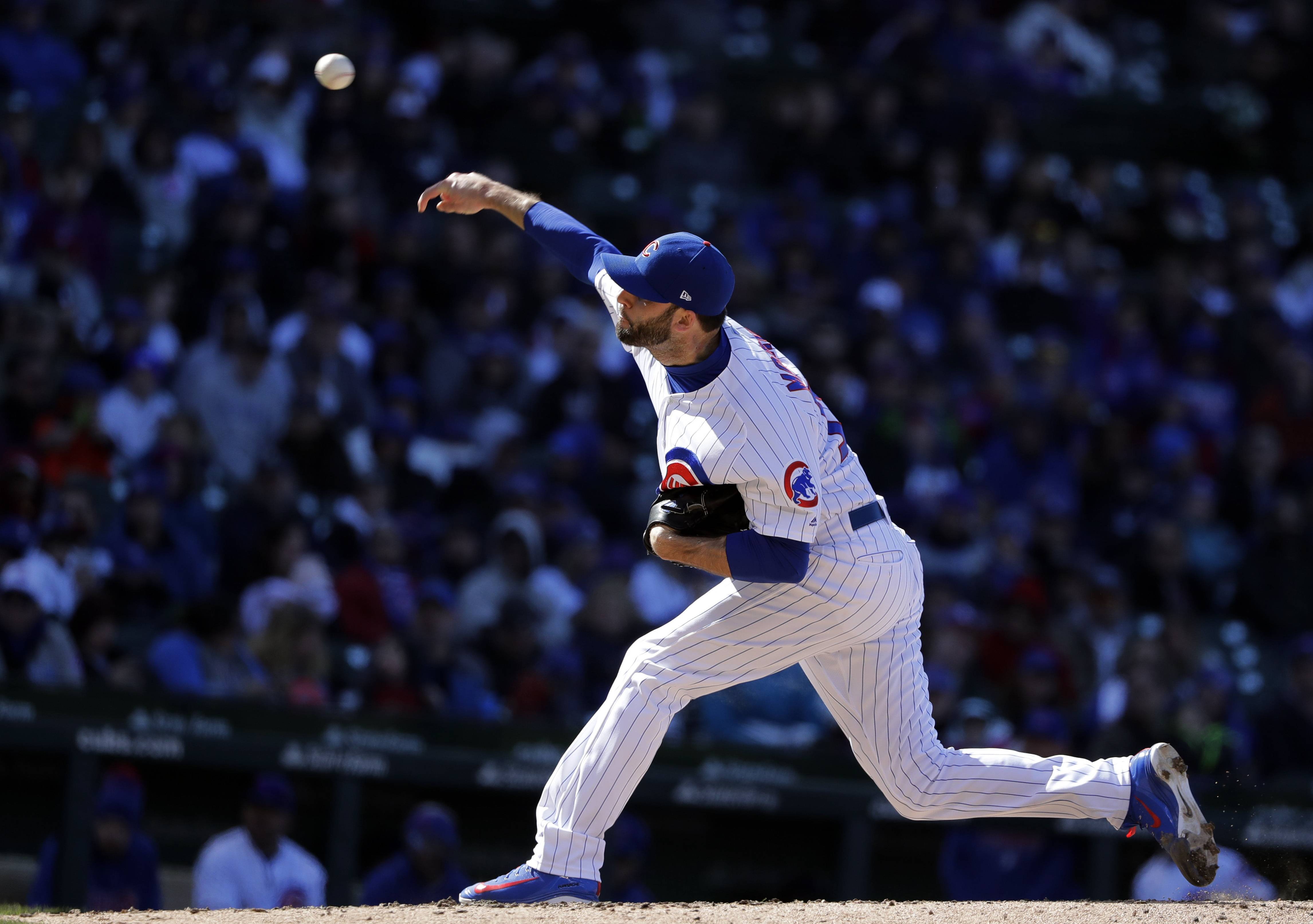 Morrow plays catch, but no timetable for return to Cubs
