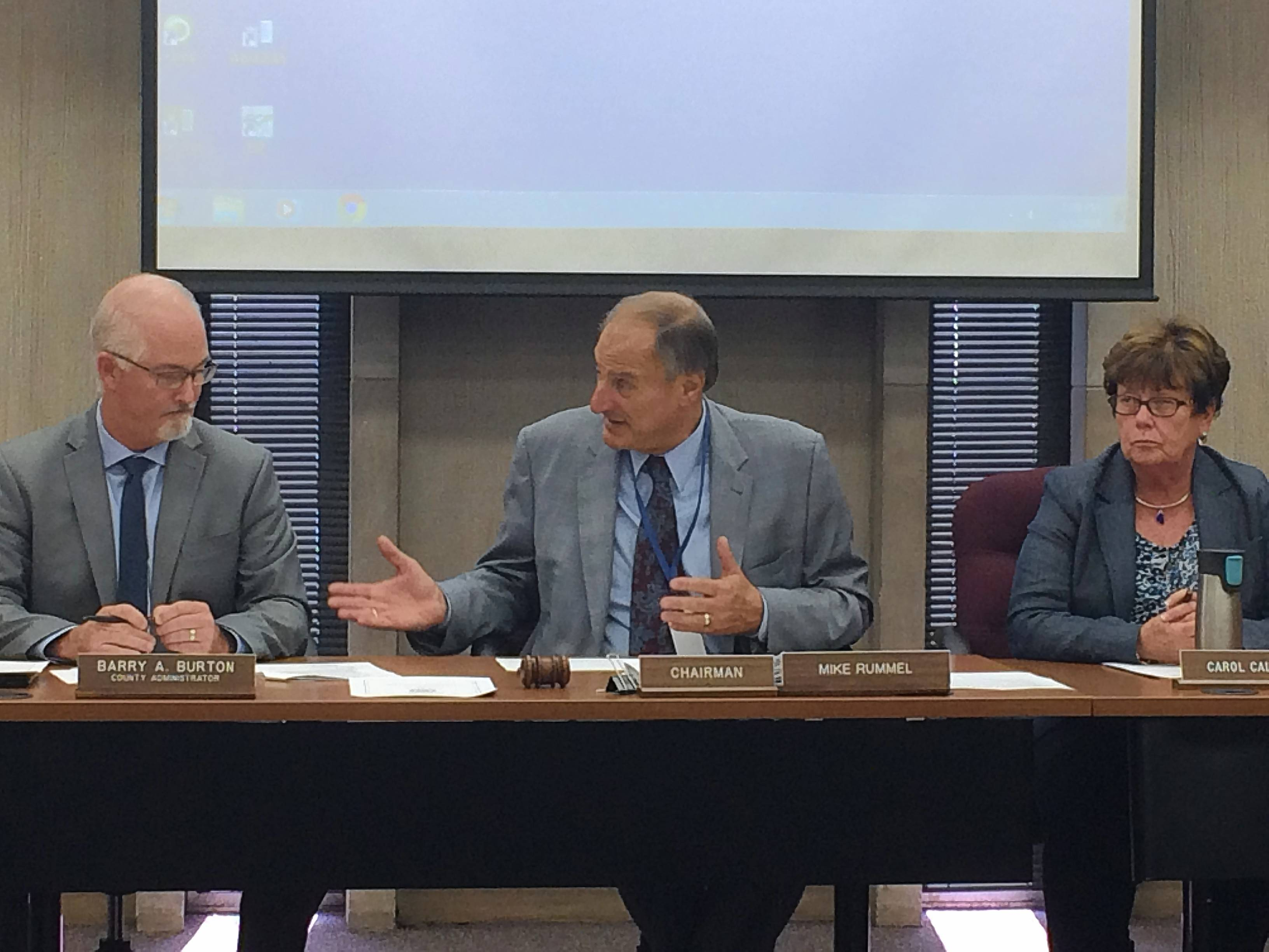 Lake County officials to overhaul rules for board credit cards