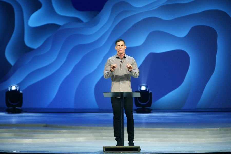 Craig Groeschel of Life. Church speaks as Willow Creek hosts its 23rd annual Global Leadership Summit Thursday in South Barrington.