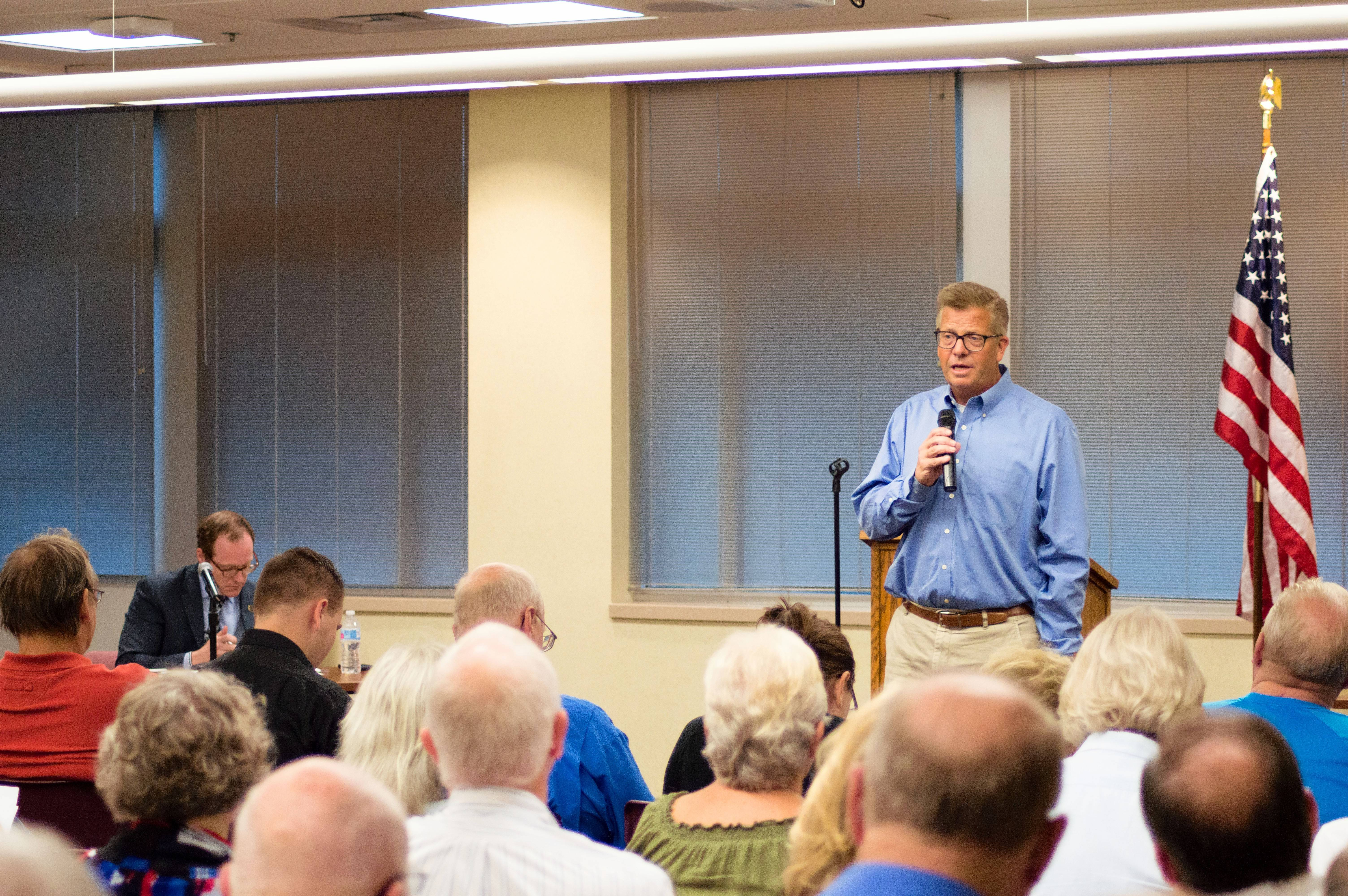 "Congressman Randy Hultgren responded to fervent booing from more than 150 constituents in a forum Monday night at the McHenry County Administrative Building, persisting in his support of the federal tax overhaul. ""I see so many people who are working. Anything we can do to grow this economy is really important,"" he said."