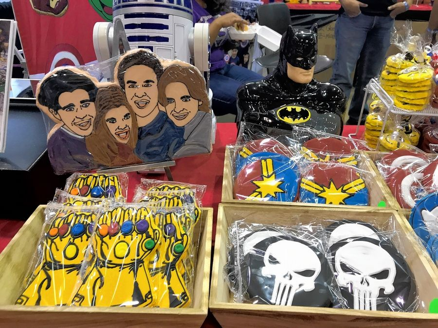 "Max and Benny's Restaurant in Northbrook is selling pop culture-inspired cookies this weekend at Wizard World Chicago in Rosemont, including one depicting the four principle cast members of ABC's ""Boy Meets World,"" who all appear in person at the convention."