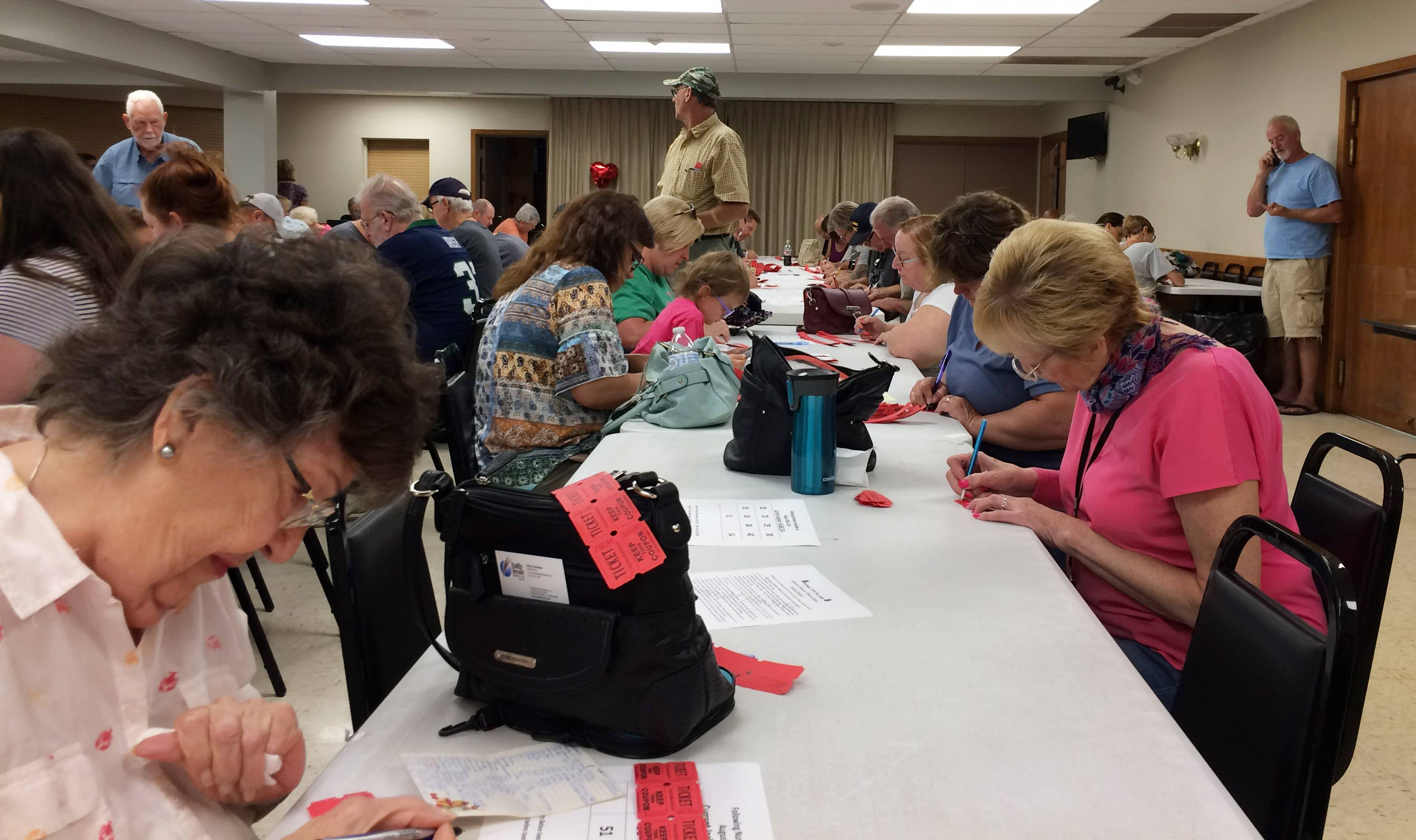 A lucrative (and exhausting) Queen of Hearts raffle for McHenry VFW