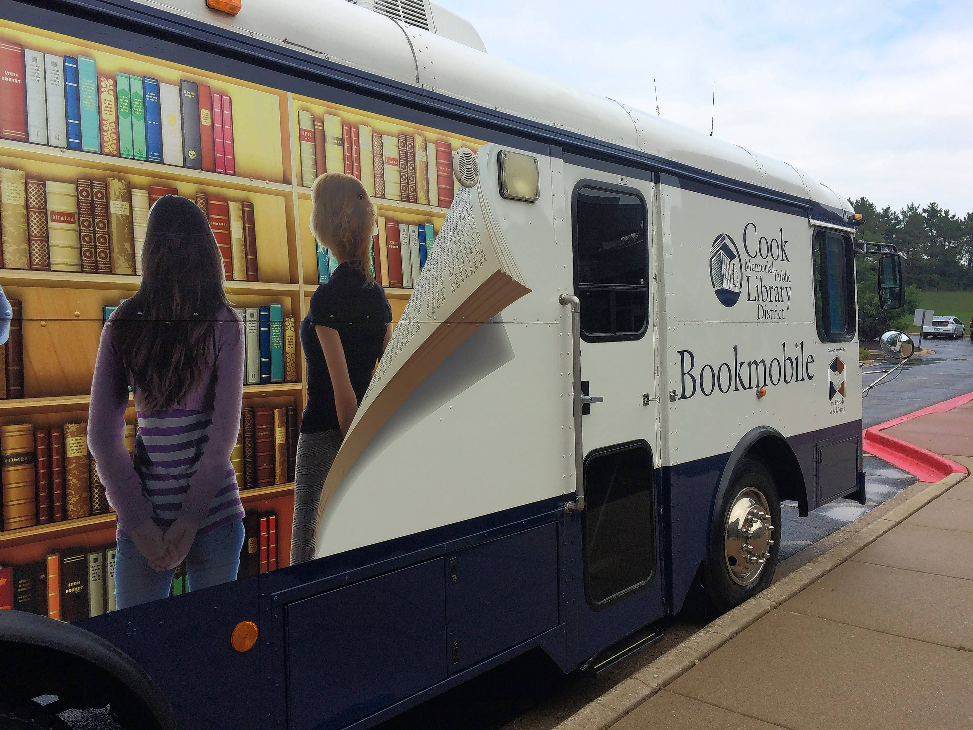 Cook Memorial Library District officials beginning search for new bookmobile