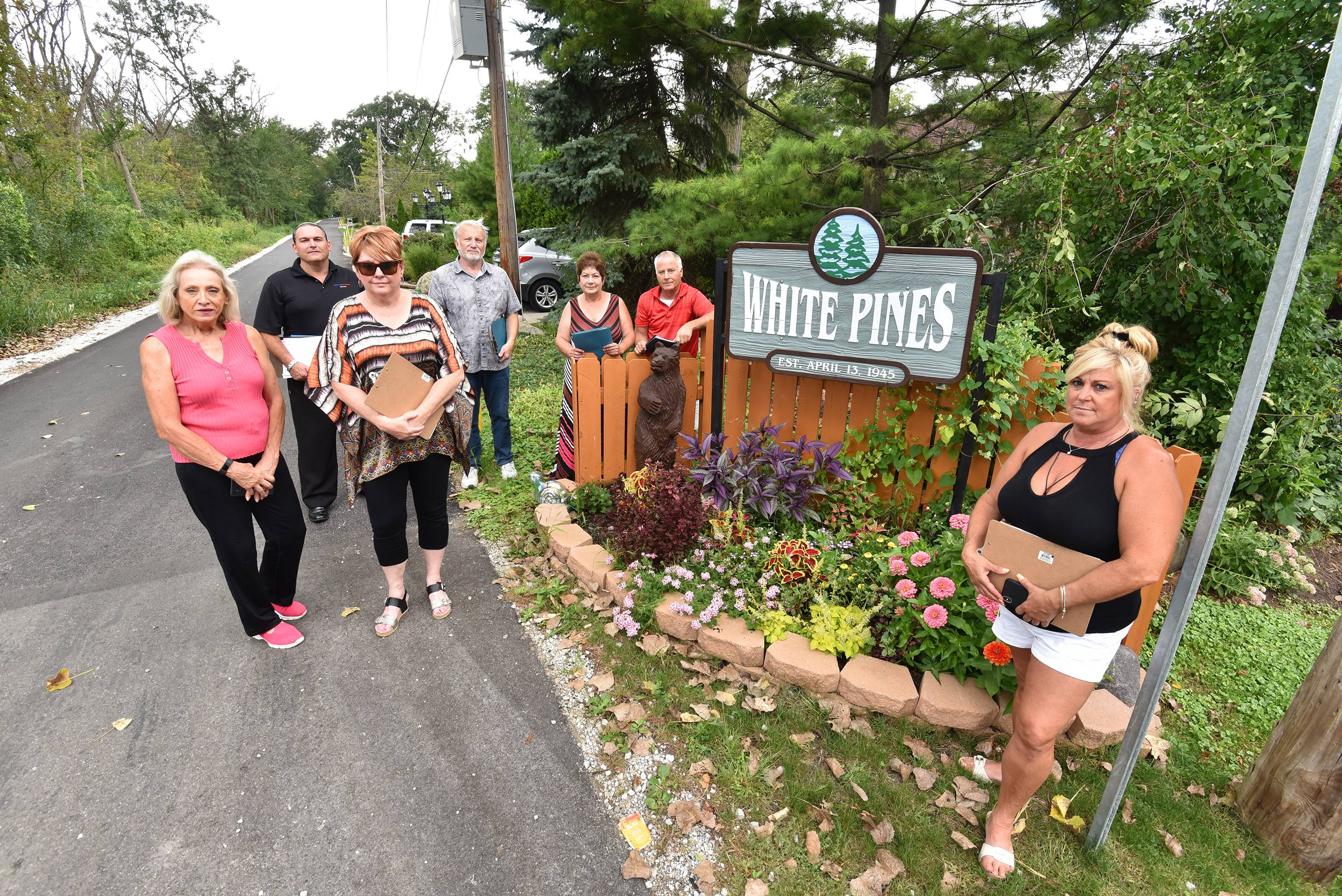 White Pines residents oppose Bensenville water project