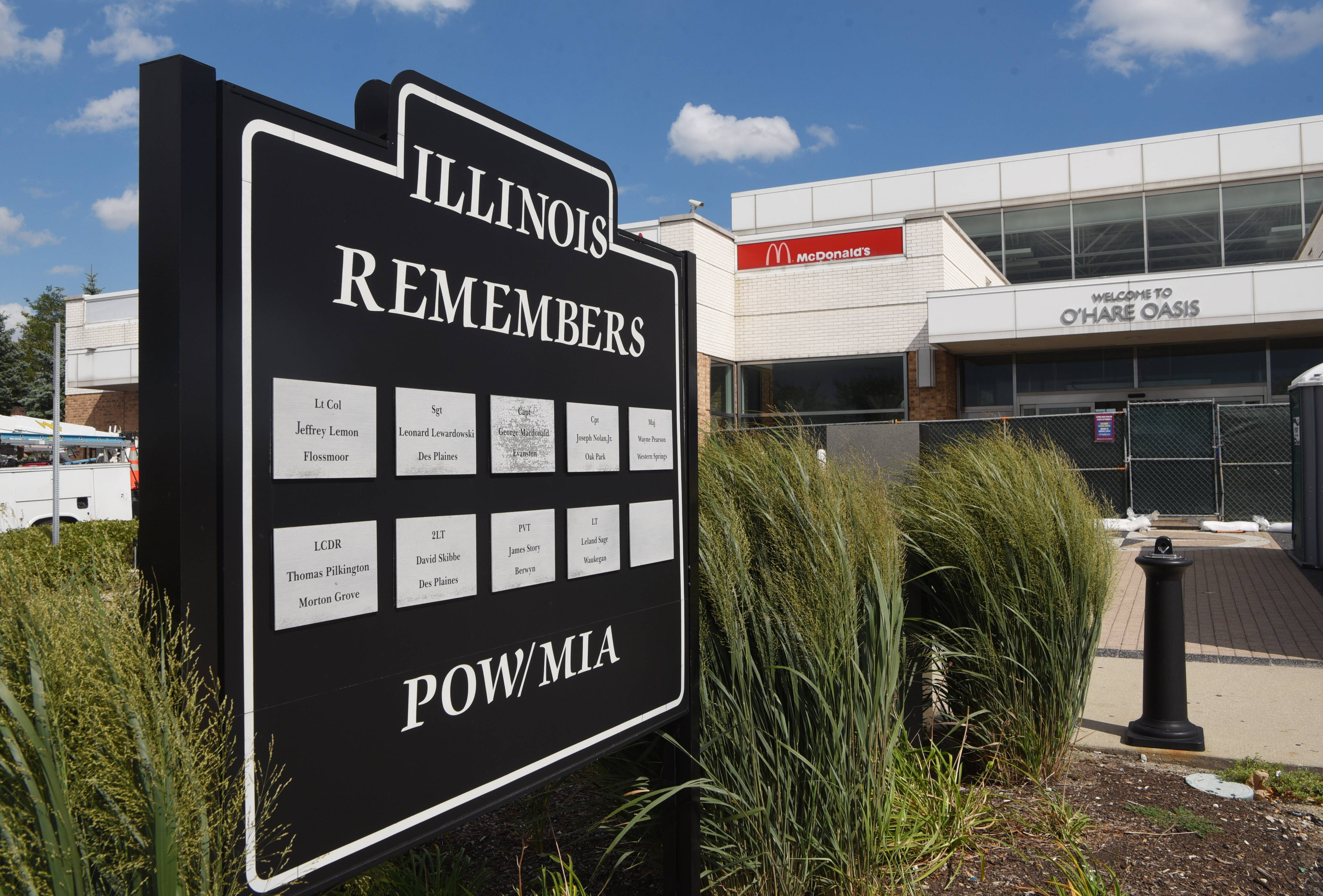 What happens to POW/MIA tollway monument after O'Hare oasis teardown?