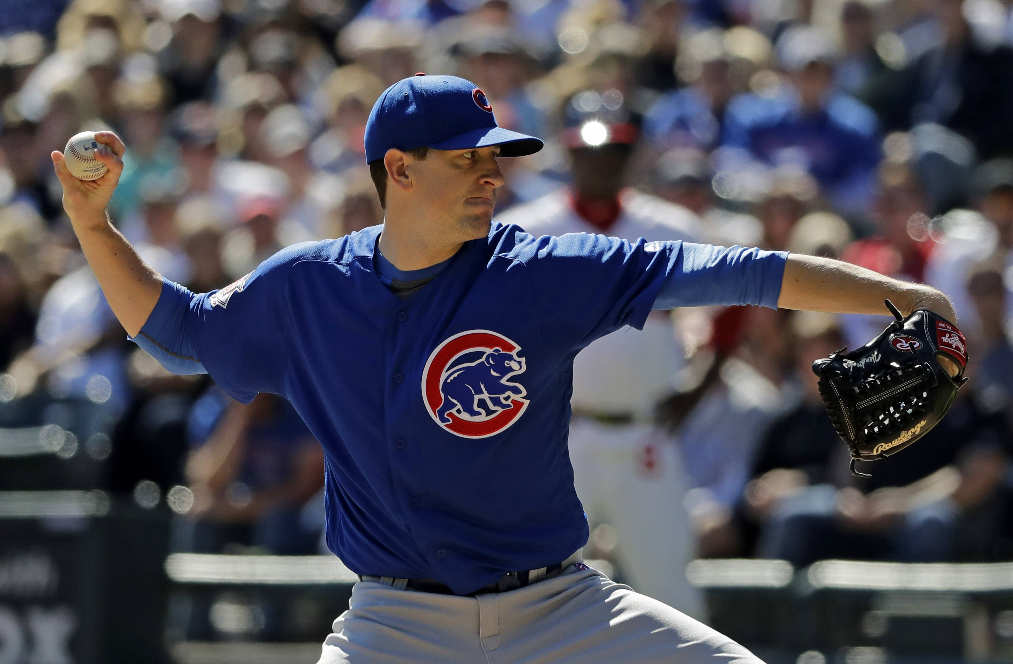 Chicago Cubs starting pitcher Kyle Hendricks throws against the Chicago White Sox during the first inning of a baseball game Sunday, Sept. 23, 2018, in Chicago.