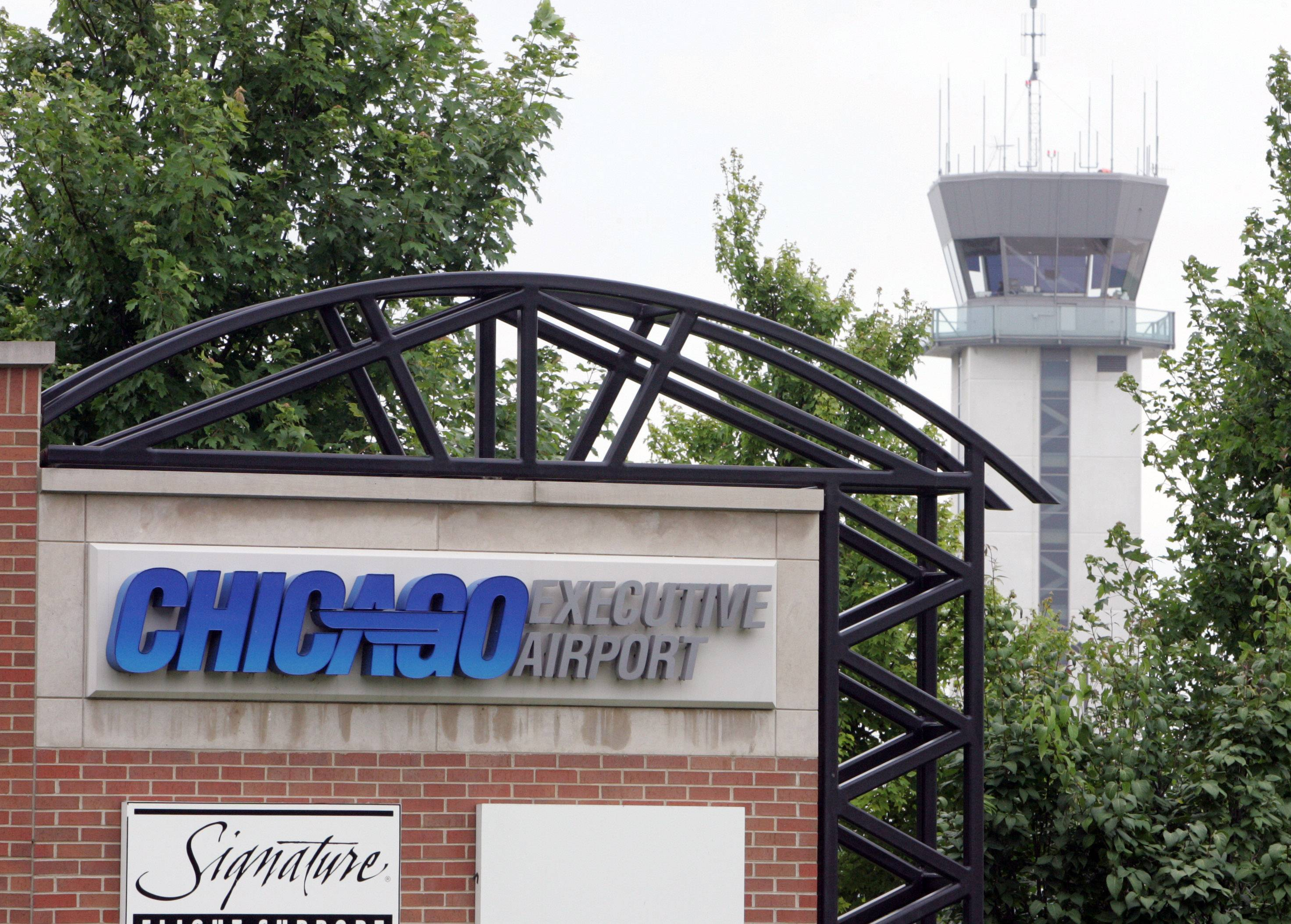 ousted chicago executive airport board members say they u0026 39 re