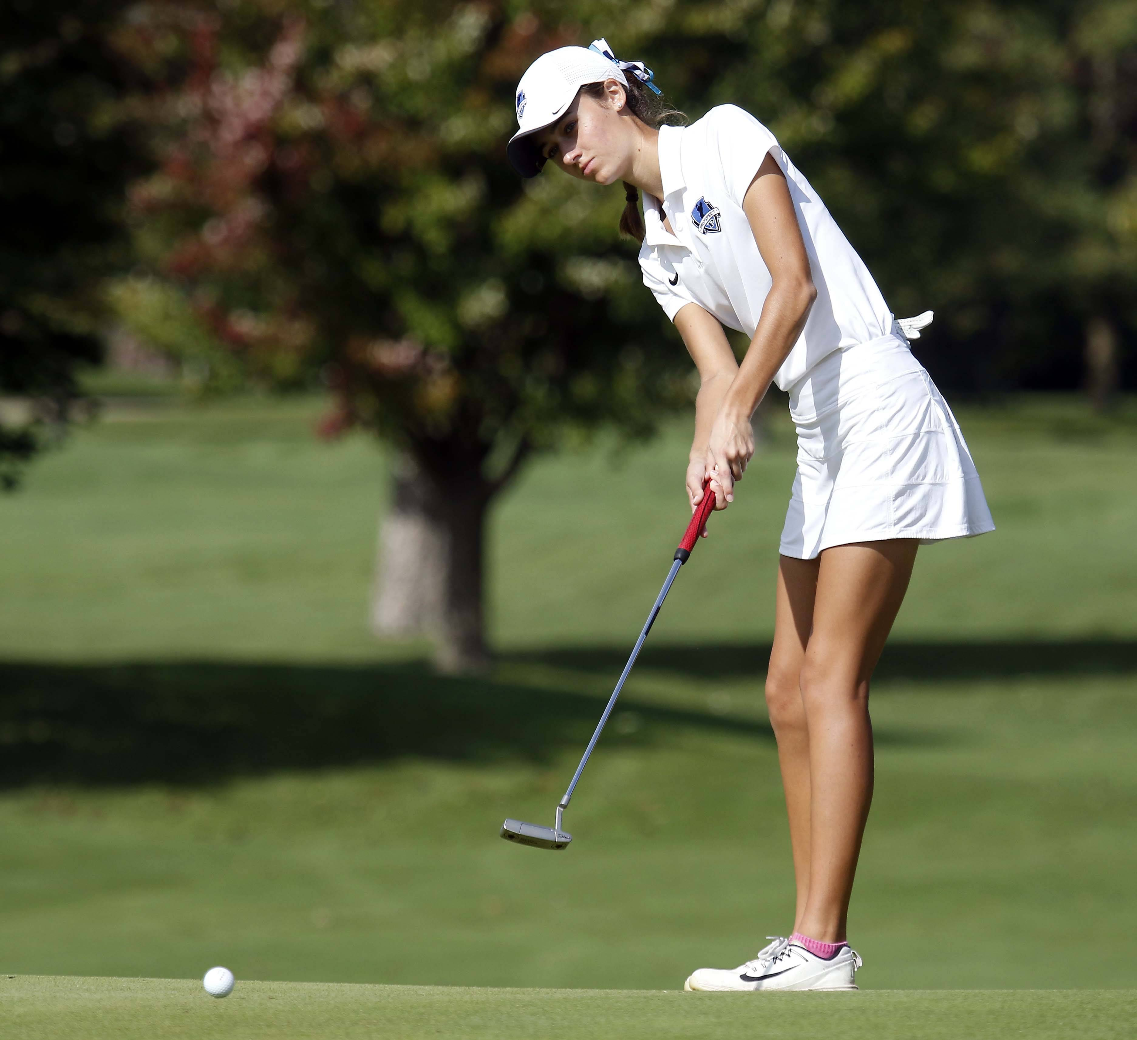 Prospect's Kelly Kavanagh Wednesday during the Stevenson girls golf regional at Arboretum Golf Club in Buffalo Grove.