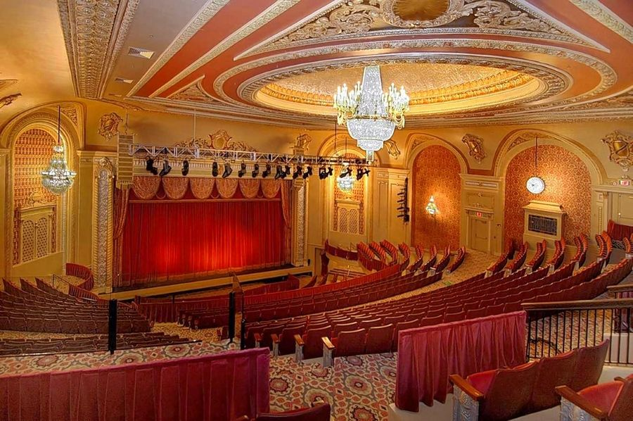 Meetings can be held on the legendary stage of the Genesee Theatre.