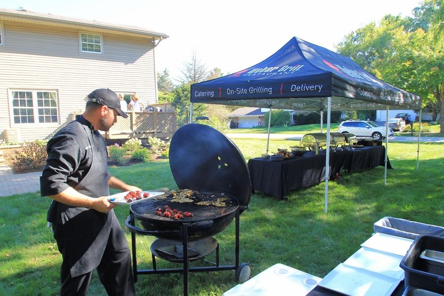 Another contest sponsor, Weber restaurants, provided a grillmaster and Weber on Wheels catered dinner for the Gross family and their guests.