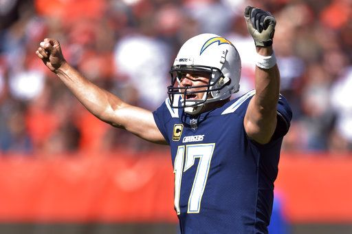 90f1da73 Ol' man Rivers leads Chargers to 38-14 blowout of Browns