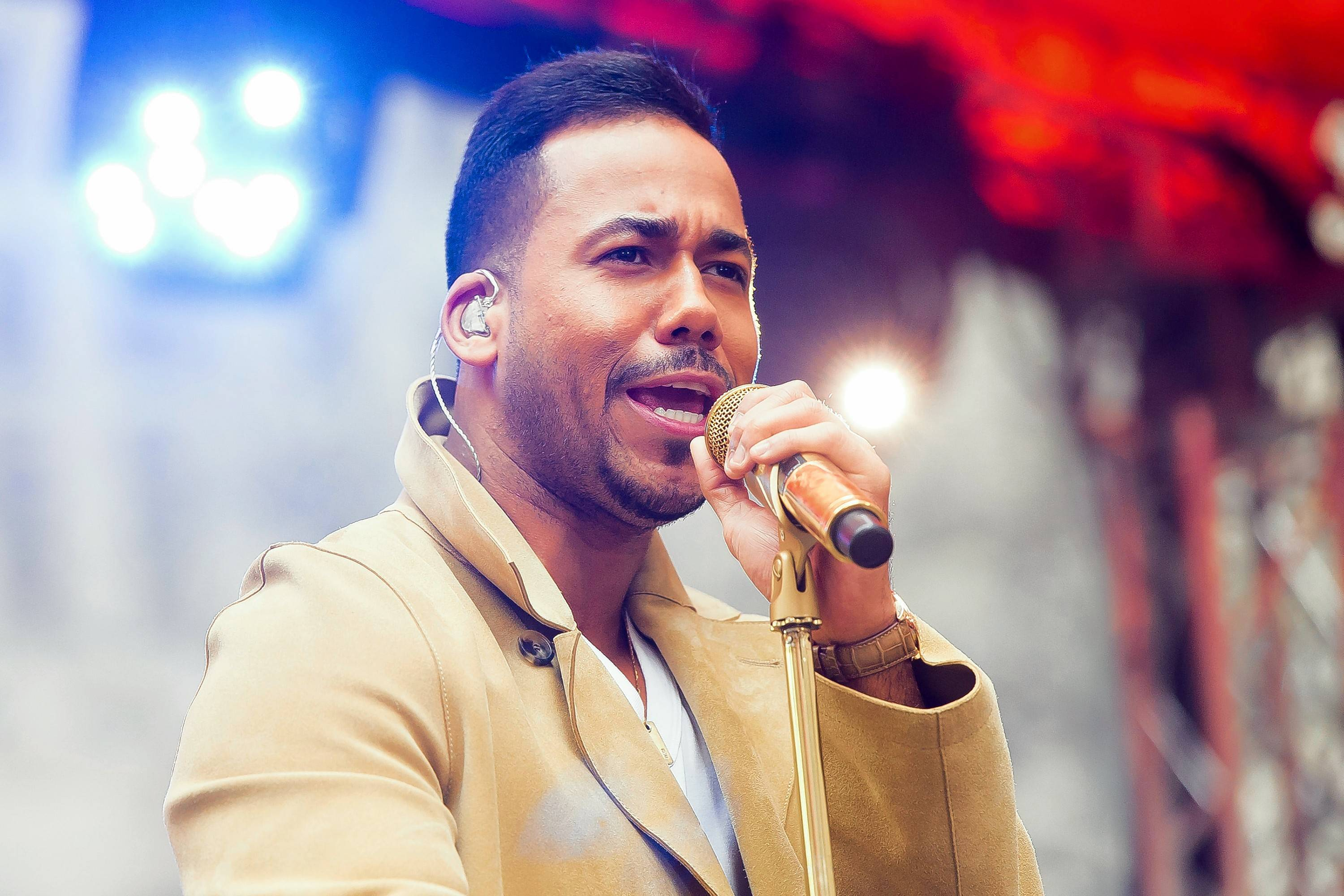 Romeo Santos performs Tuesday, Oct. 16, at the Allstate Arena in Rosemont.