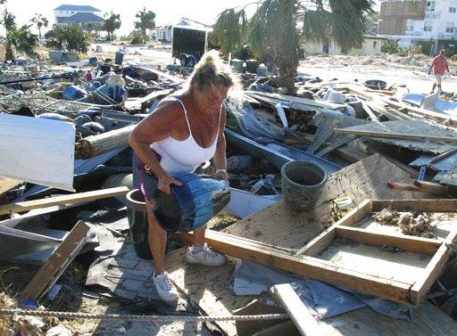 Could rebuilding ruin 'mom-and-pop' Florida beach town?