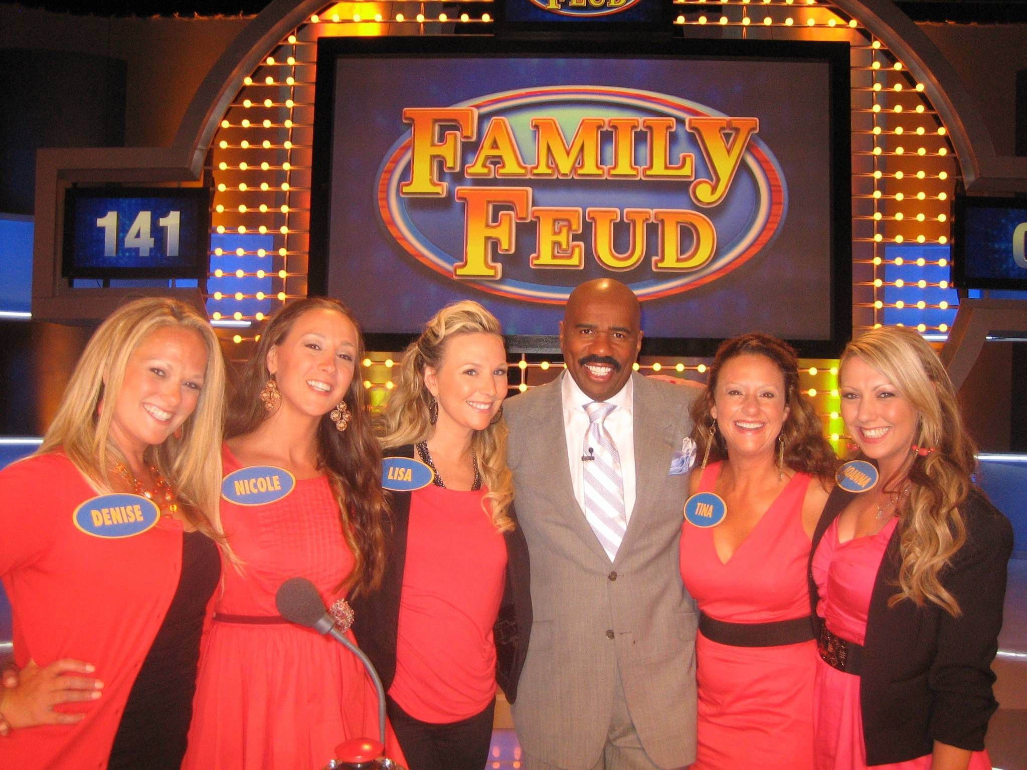 "Five sisters from the Northwest suburbs — Tina O'Donnell of Mount Prospect, Lisa Altmeyer of Elgin, Denise Spallone of Park Ridge, Nicole Dubak of Des Plaines and Joanna Molnar of Park Ridge — competed on ""Family Feud"" in 2012. The show is hosted by Steve Harvey."
