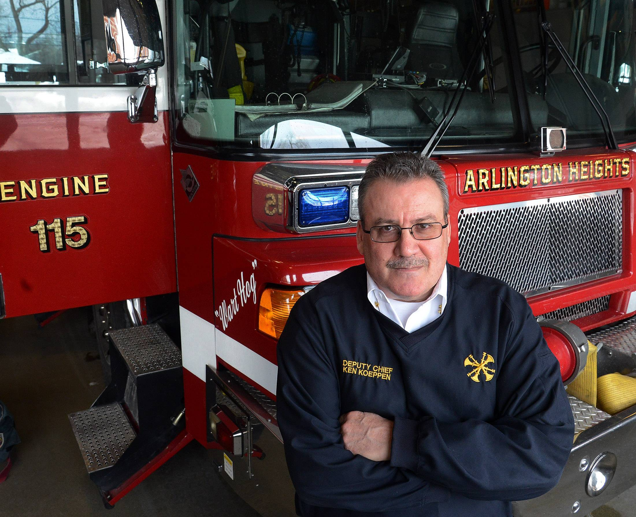 Ken Koeppen will step down as Arlington Heights fire chief Nov. 15 and take a job as deputy chief of administration with the Schaumburg Fire Department, officials said Tuesday.