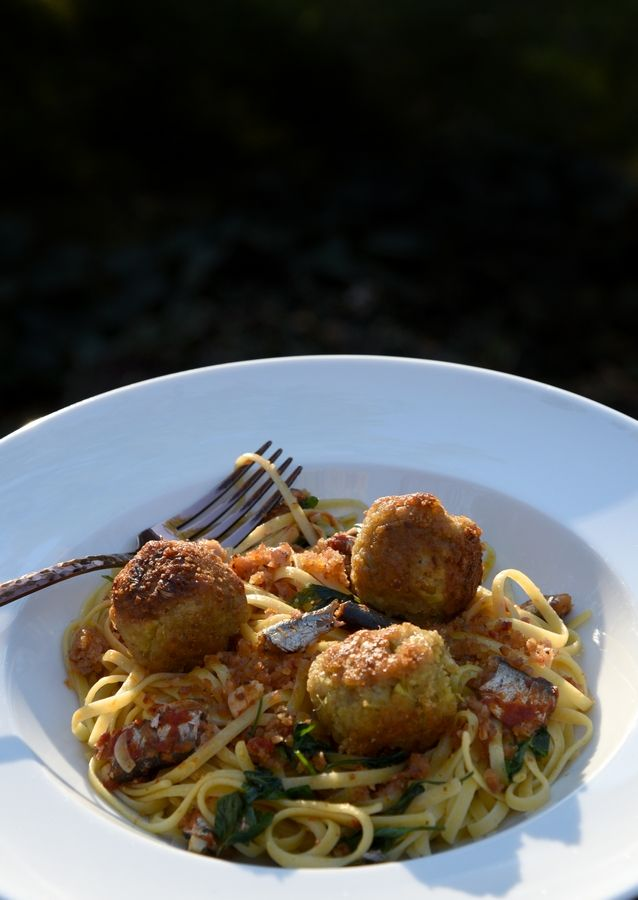 Mark Clemens of Elgin made Sicilian Pasta with Sardines or (Pasta con le sarda) and Meat(less)balls for round 4 of the Cook of the Week Challenge.