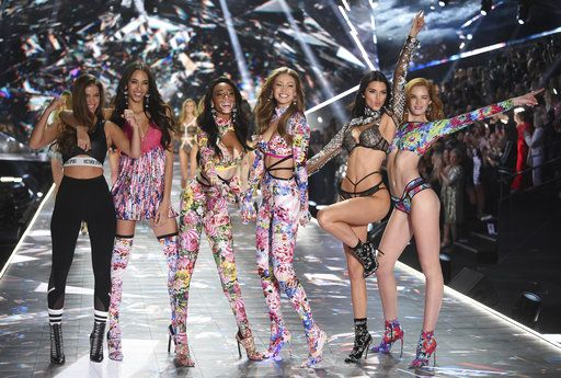 Barbara Palvin, from left, Yasmin Wijnaldum, Winnie Harlow, Gigi Hadid, Kendall Jenner and Alexina Graham walks the runway during the 2018 Victoria's Secret Fashion Show at Pier 94 on Thursday, Nov. 8, 2018, in New York. (Photo by Evan Agostini/Invision/AP)
