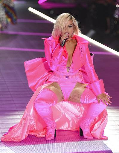 Bebe Rexha performs during the 2018 Victoria's Secret Fashion Show at Pier 94 on Thursday, Nov. 8, 2018, in New York. (Photo by Evan Agostini/Invision/AP)