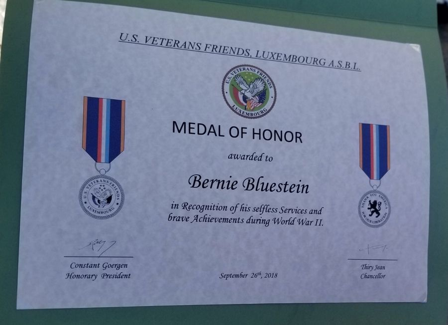 Bernie Bluestein of Schaumburg received a Medal of Honor from the U.S. Veterans Friends Luxembourg for his service with the Ghost Army during World War II.