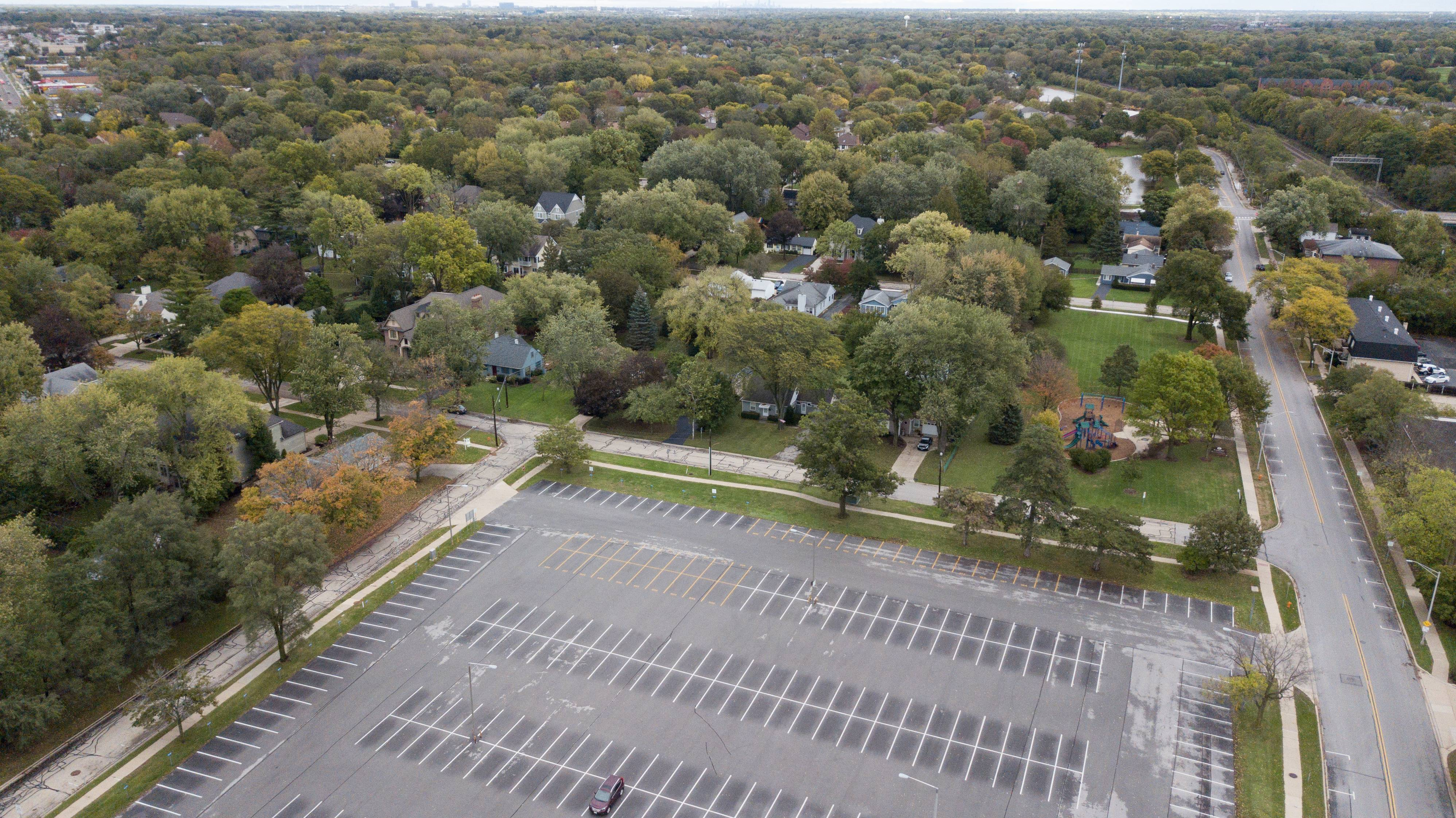 The Naperville City Council now can consider survey data about commuter parking and permit parking waiting lists as members weigh next steps in the process of redeveloping 13 city-owned acres along 5th Avenue near the Metra station.