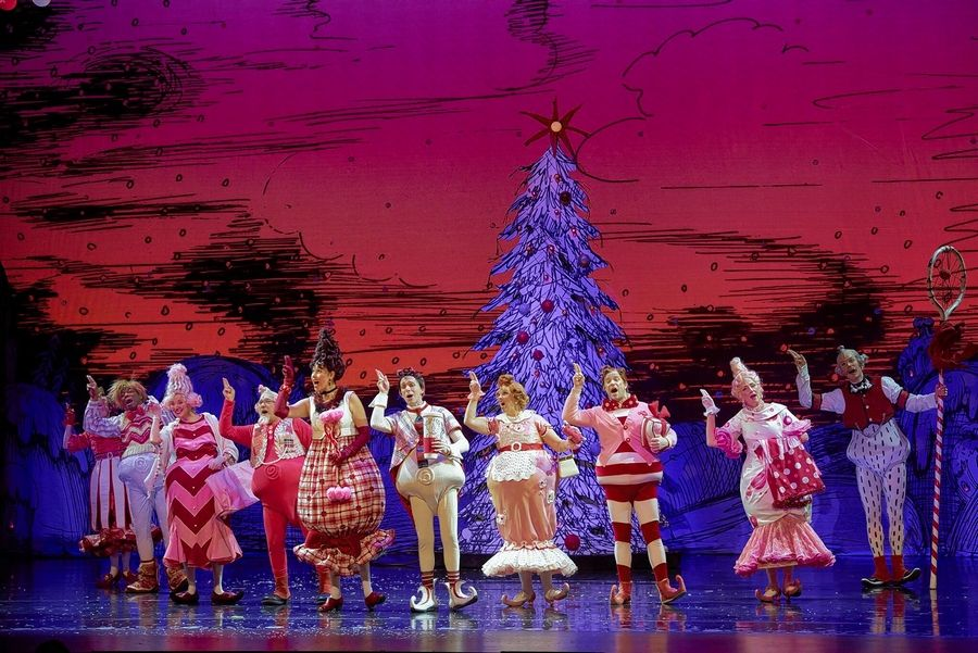 How The Grinch Stole Christmas Musical.Theater Review There S A Lot To Like About The Grinch At