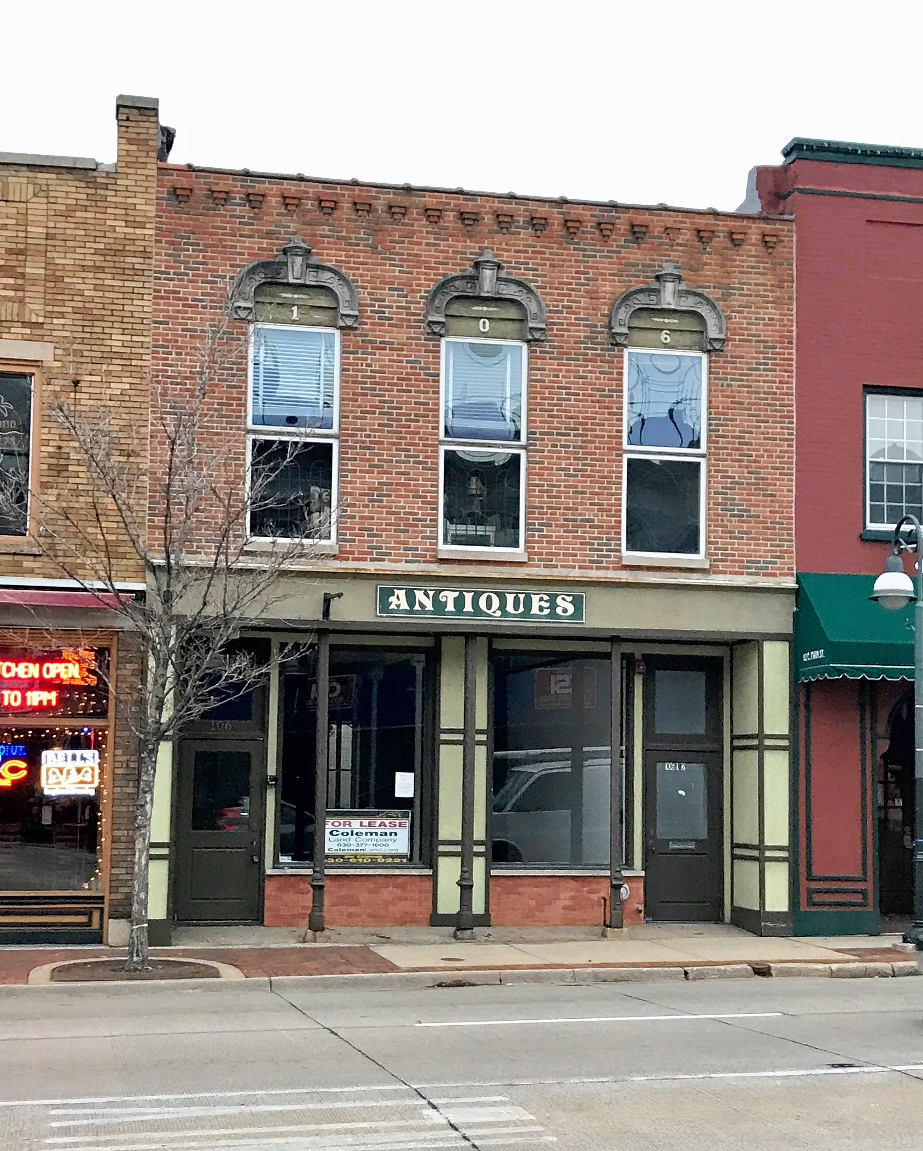A new wine tasting room, called 100 Grapes, is expected to open next year in a vacant storefront at 106 E. Main St. in downtown St. Charles.