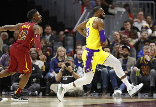 Lakers Vs Cleveland 2018 >> Cleveland Thanks Lebron Who Carries Lakers Past Cavs