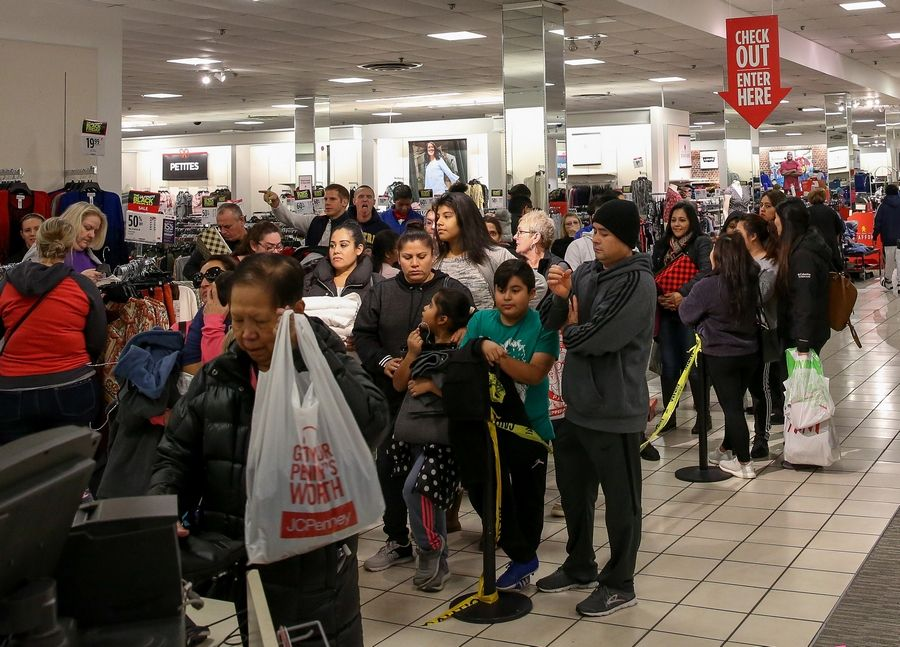 Images Black Friday Shopping At Woodfield Mall And Across The Country