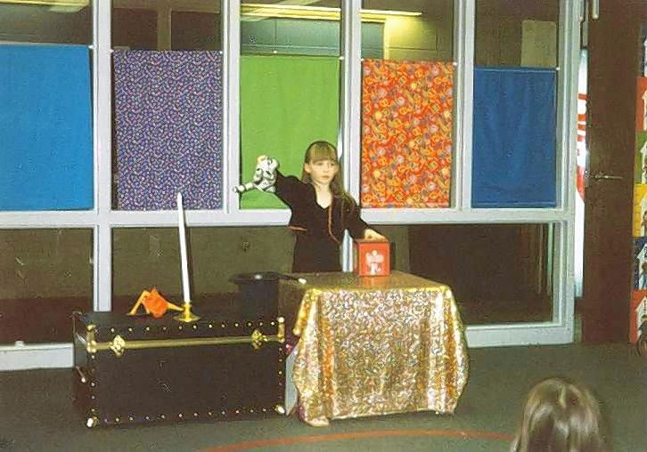 By the time of her first paid gig in 1996 at age 6, magician Jeanette Andrews of Wheaton was not only making her stuffed tiger disappear, but she was making it turn white to match the tigers of her inspiration, Sigfried & Roy.