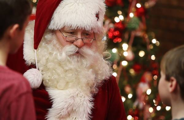 where to enjoy brunch with santa in the suburbs in 2018