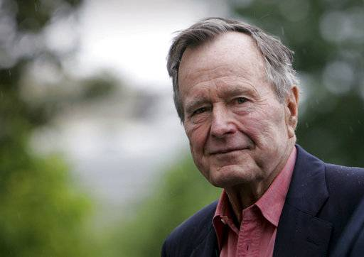 Ex-President George H.W. Bush, who led U.S. out of Cold War, into Iraq, dies at 94