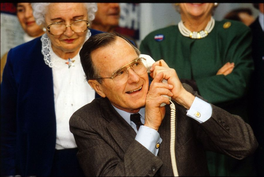 Vice President George Bush staffs the phones at a Republican campaign event in Libertyville March 1, 1988, while he was running for president.