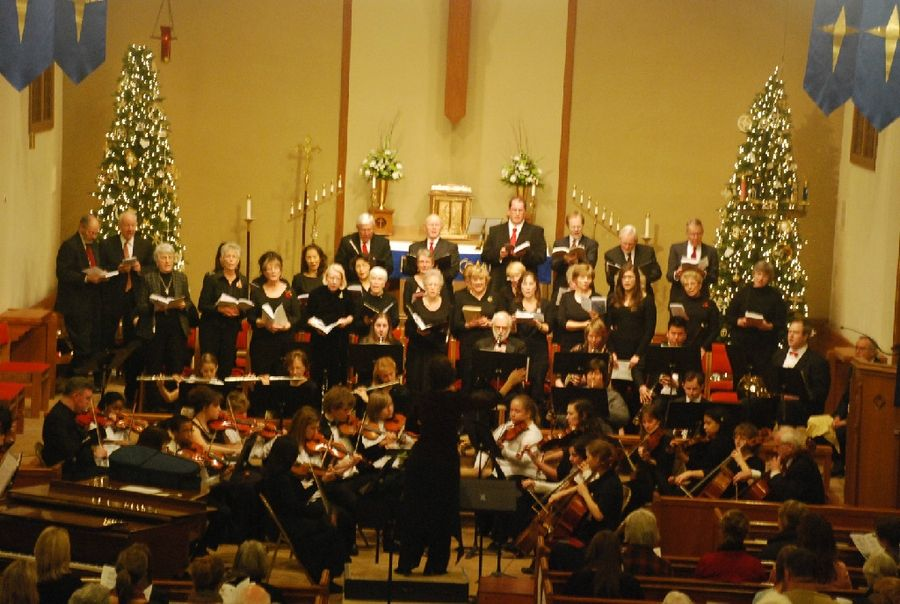 "The Fox Valley Philharmonic Orchestra will join with the Aurora Community Chorale in a ""Celtic Christmas Concert"" on Sunday, Dec. 9, in Aurora."