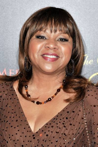 deniece williams is on the bill of the colors of christmas concert at the