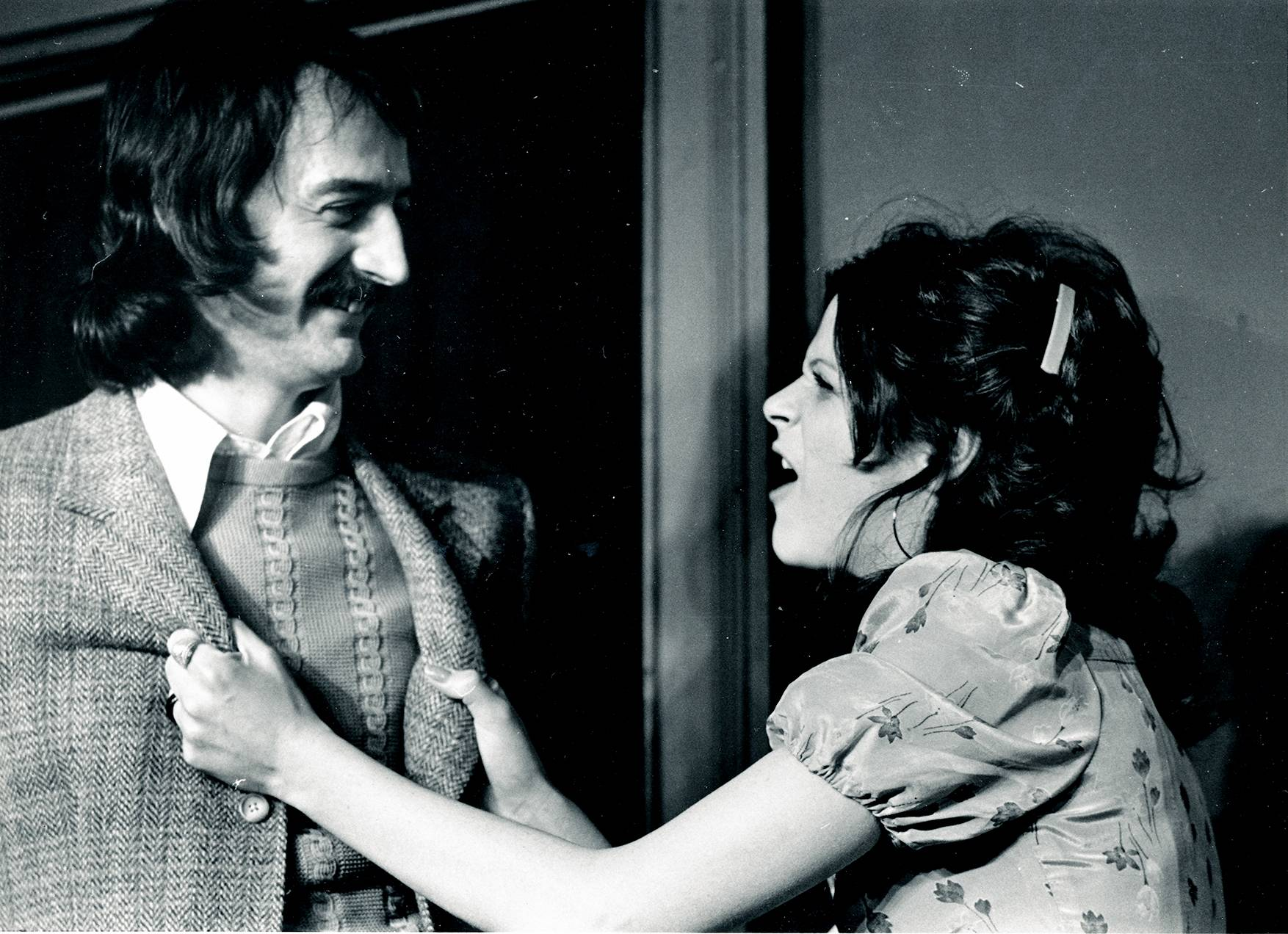 Production photo from the Mainstage of The Second City, 1974, showing Joe Flaherty and Gilda Radner doing improv.
