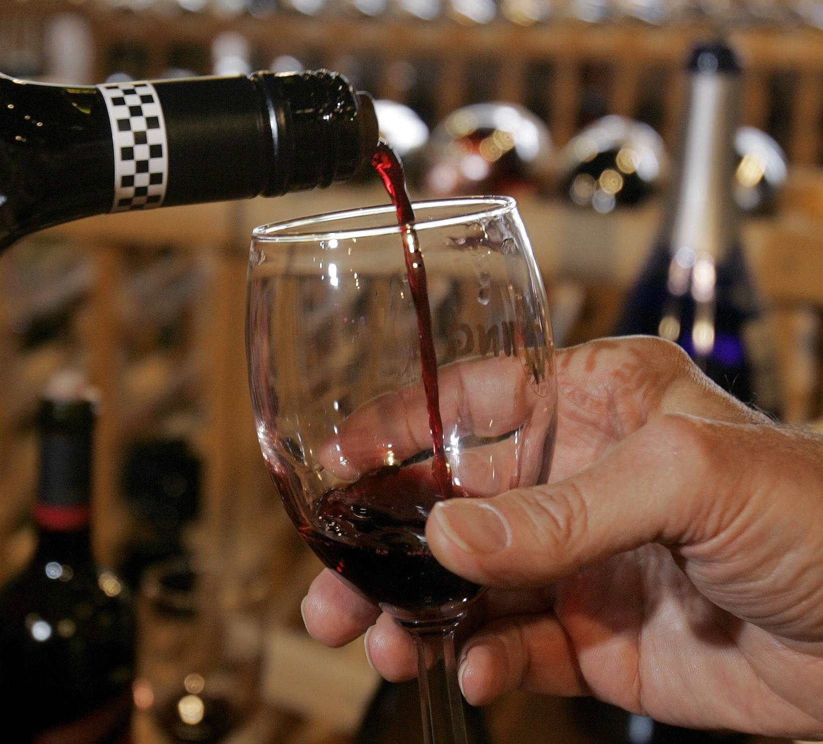 Mundelein to allow restaurant patrons to bring their own wine
