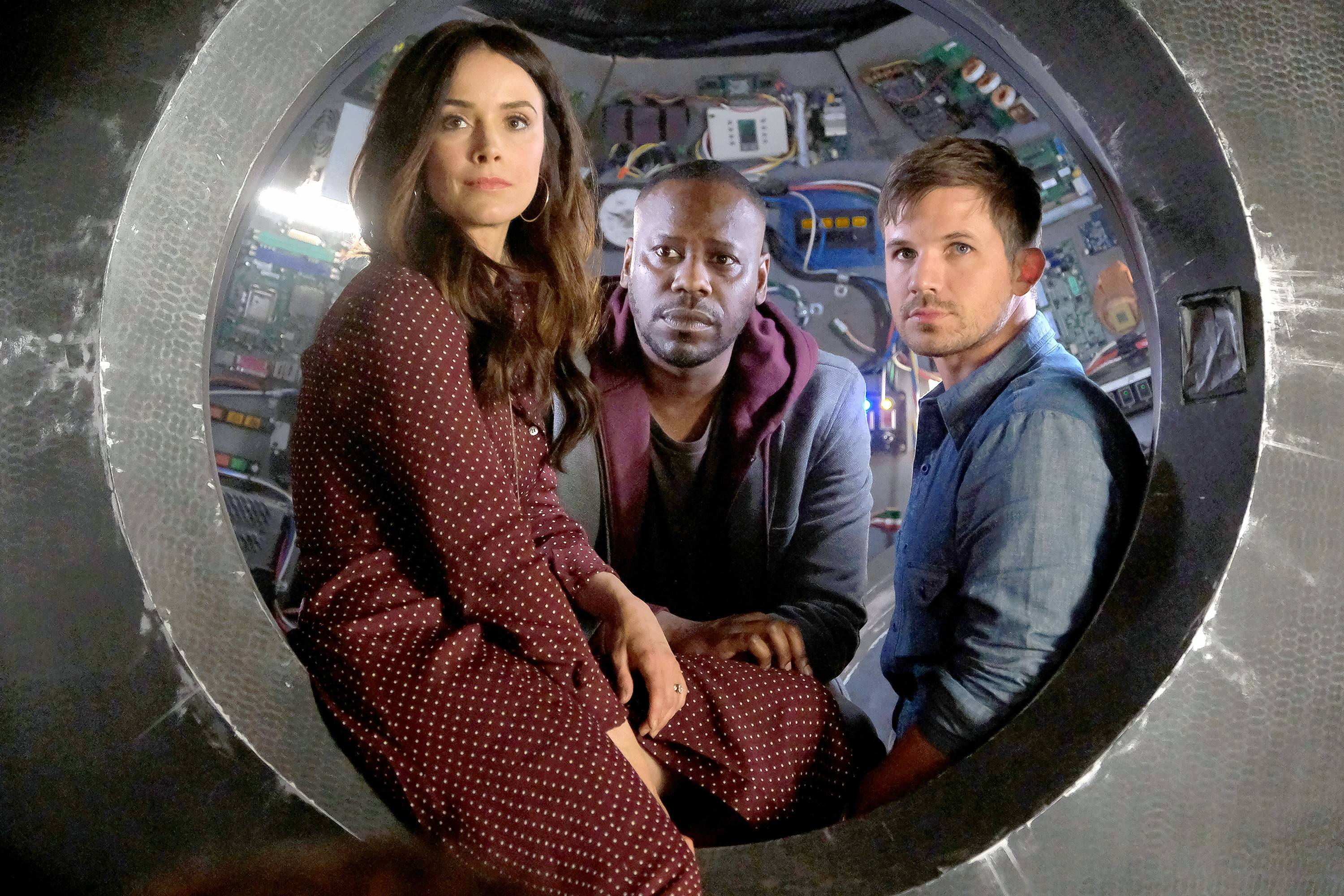 "Lucy (Abigail Spencer), Rufus (Malcolm Barrett) and Wyatt (Matt Lanter) return to wrap up ""Timeless"" with a two-hour finale."