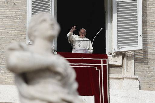 Pope shakes up Vatican communications operations