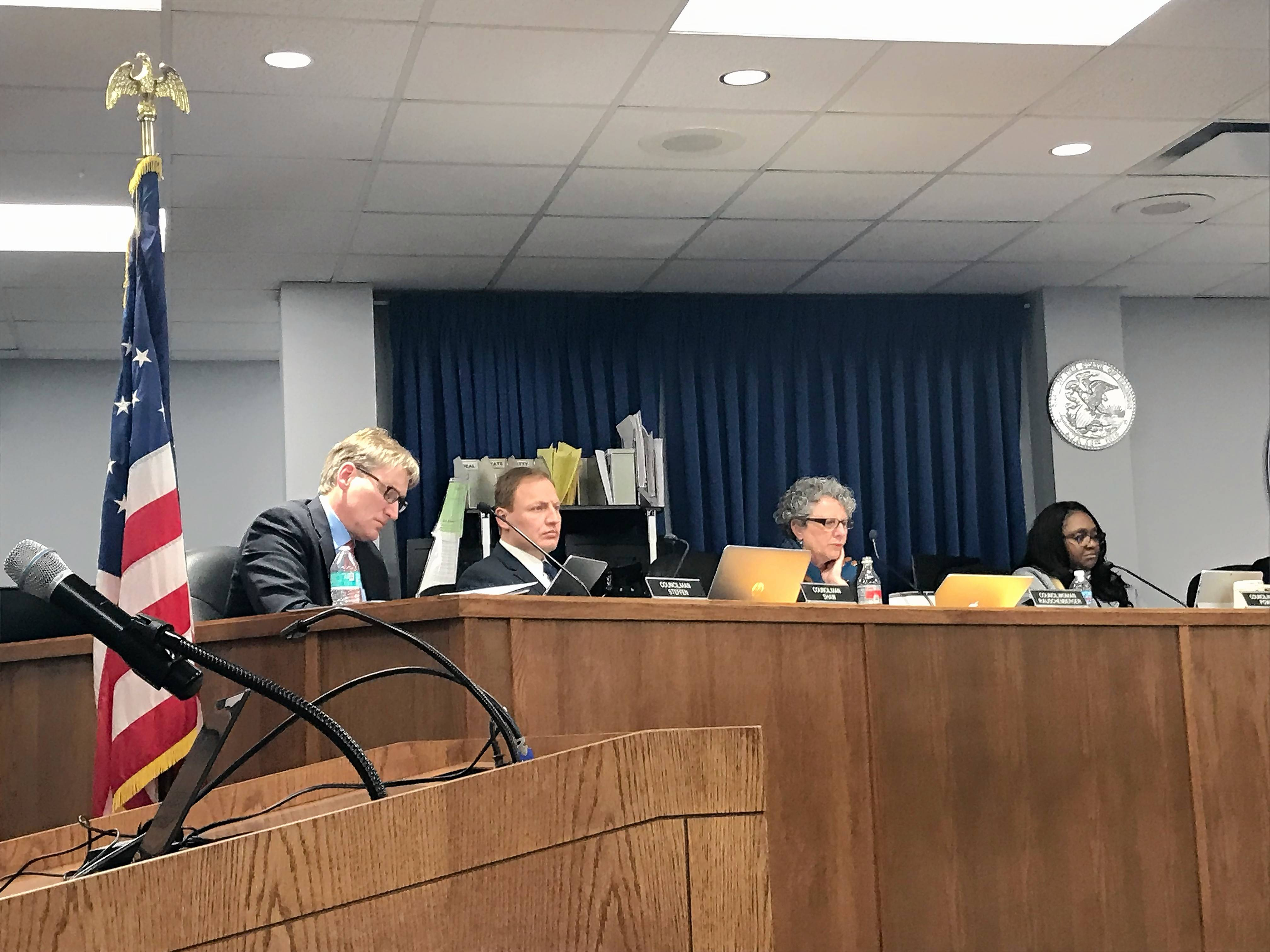 Elgin approves 2019 budget with flat property tax levy, Chicago Street work