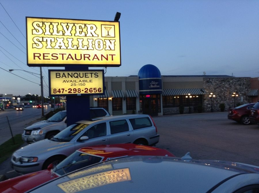 The Silver Stallion restaurant closed Wednesday in Des Plaines.