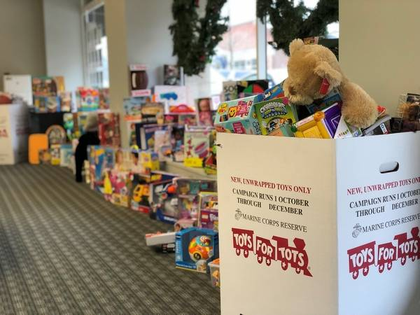 Received More Than 2 100 Toys During Their Annual For Tots Drive Twenty Office Locations Throughout Chicago And The Suburbs Served As Drop Off
