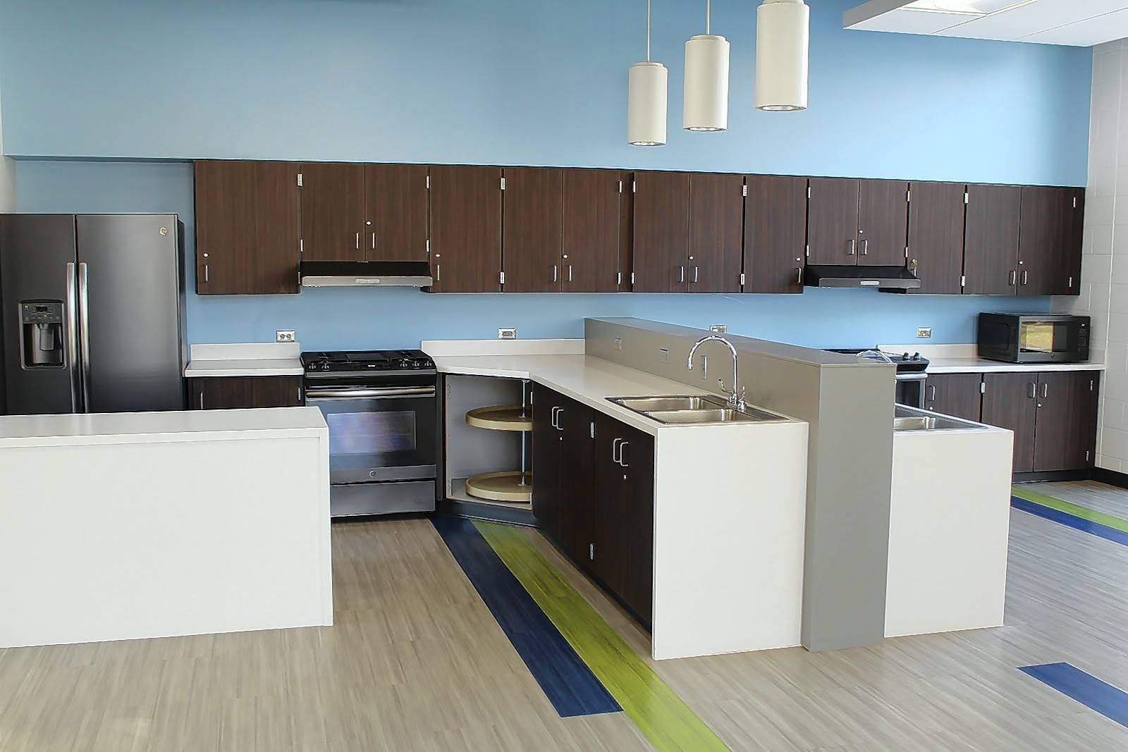 A new Life Skills Development Center at Bernotas Middle School in Crystal Lake features a full kitchen and bathroom, washer/dryer, flexible area for group activities, private office, and patio/rain garden and is fully ADA-accessible.