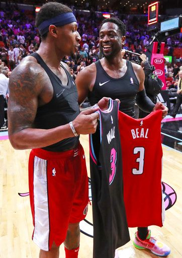 39cbc2a681ef Miami Heat guard Dwyane Wade