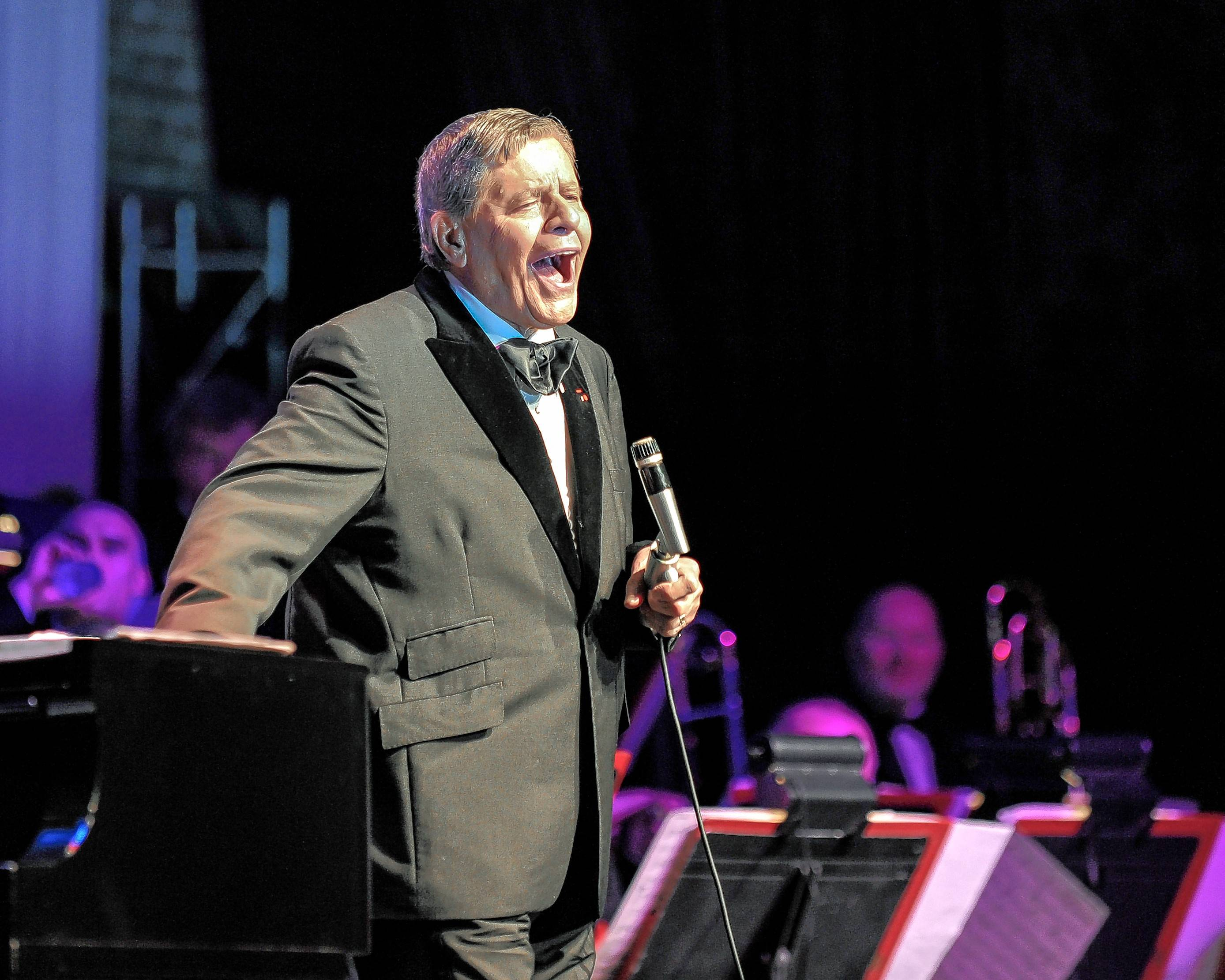 Ron Onesti treasures all the wonderful stories legendary entertainer Jerry Lewis shared with him the night Lewis performed at the Arcada Theatre in St. Charles.