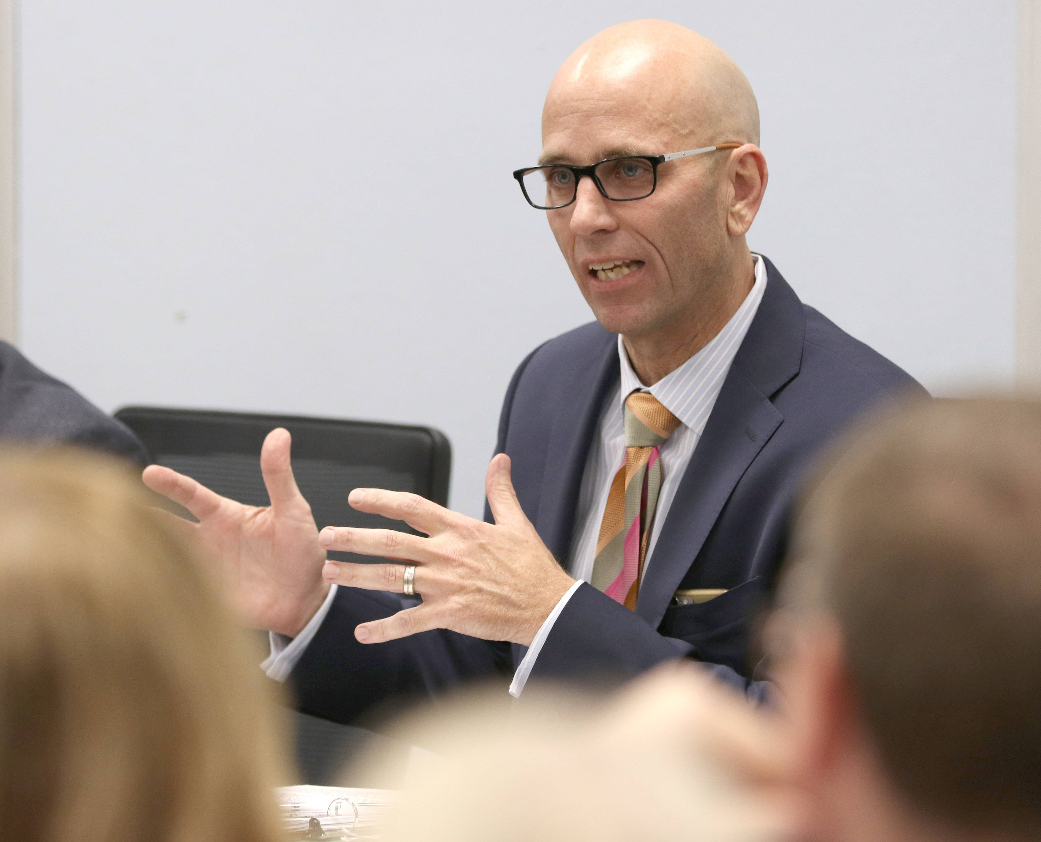 The Glen Ellyn Elementary District 41 school board will hear presentations Monday from superintendent search firms as it moves to replace Superintendent Paul Gordon.