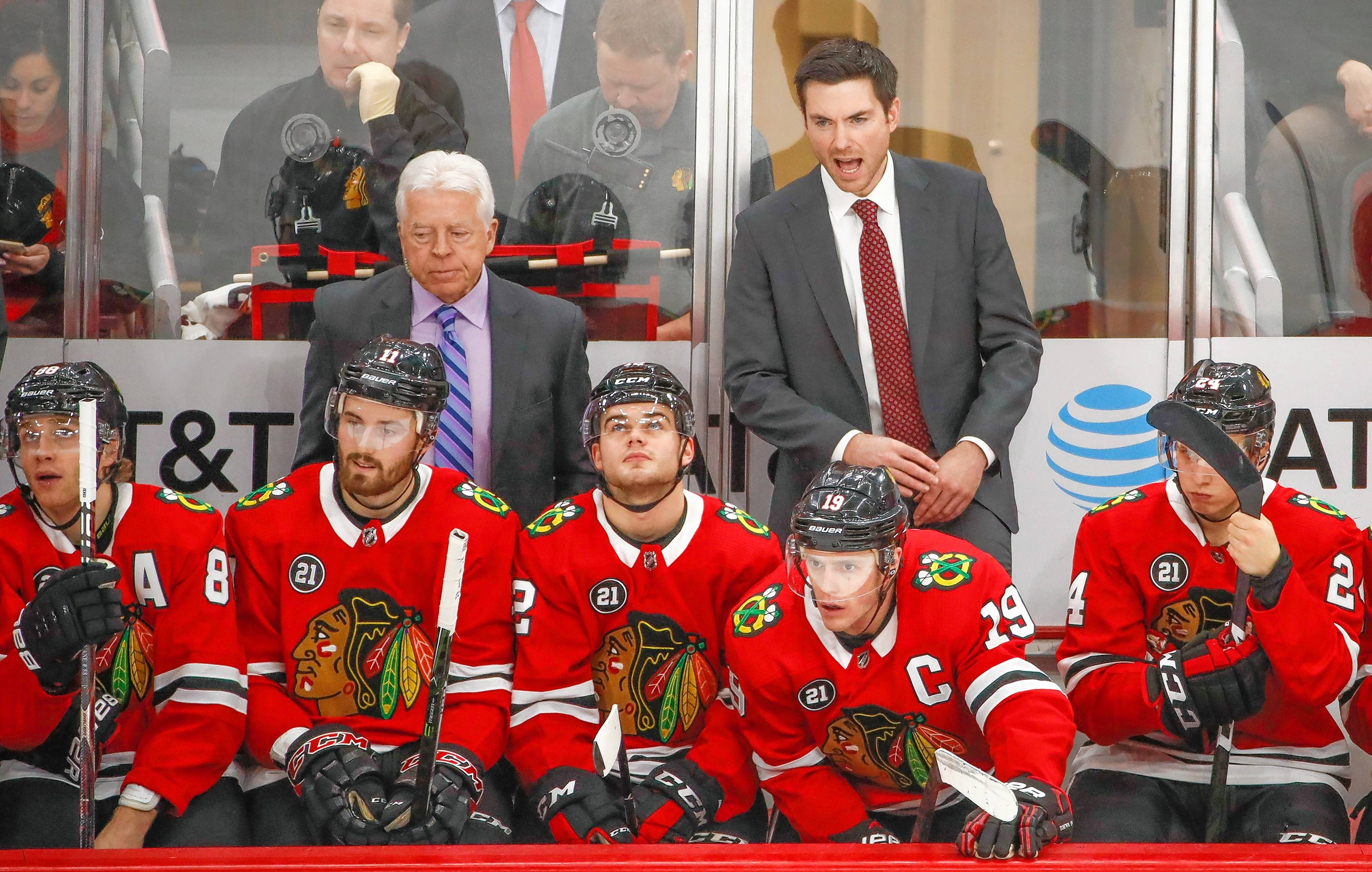 Chicago Blackhawks head coach Jeremy Colliton yells to his team during the third period of an NHL hockey game against the Nashville Predators Wednesday, Jan. 9, 2019, in Chicago. (AP Photo/Kamil Krzaczynski)