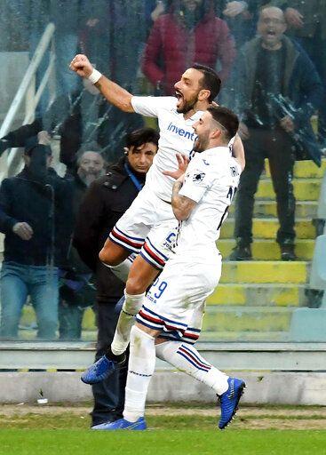 Callejon ends scoring drought as Napoli beats Lazio 2-1