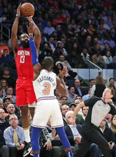 Harden scores career-best 61, Rockets edge Knicks 114-110
